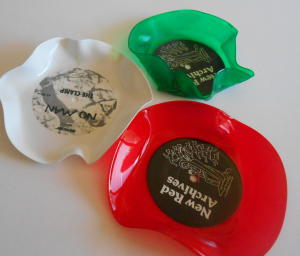 Red, green and white vinyl record bowls